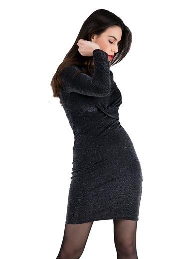Q Elbise Siyah
